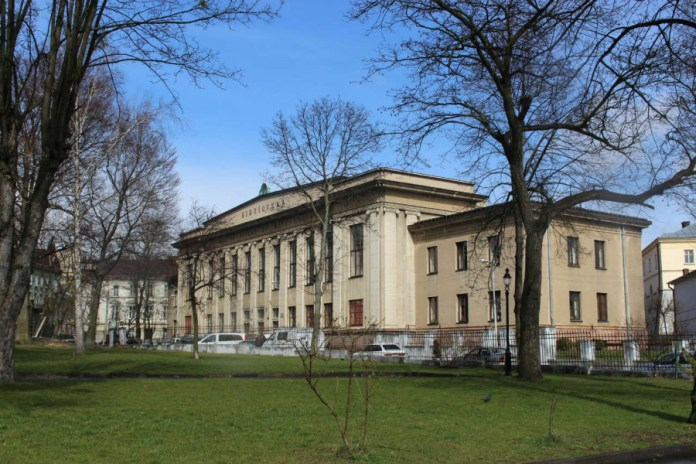 Бібліотека Львівської політехніки. Фото 2015 року