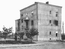 Адміністративний будинок концтабору після його ліквідації.