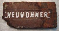 Цегла з таврами B. Neuwohnera i Filipa Waldmanna
