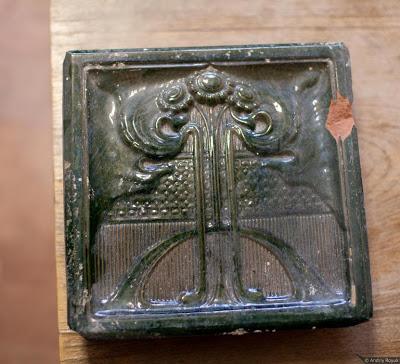 Зразки кахелю виробництва фабрики Нойвонера