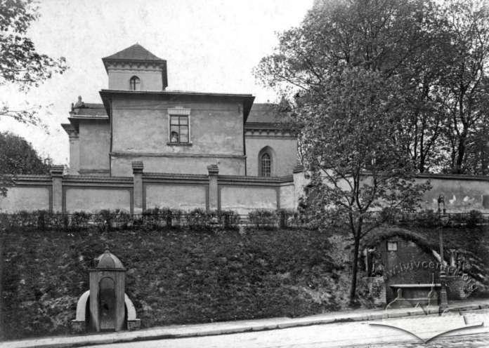 Споруди комплексу Святого Лазаря з вулиці Коперника. Фото до 1914 року