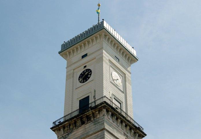 Годинник на Львівській Ратуші