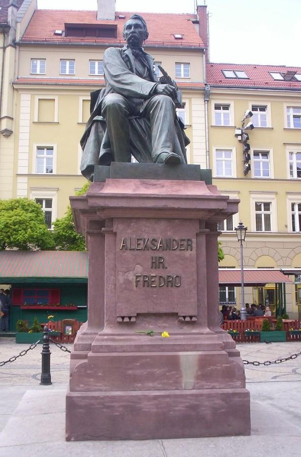 Пам'ятник А. Фредру у Вроцлаві
