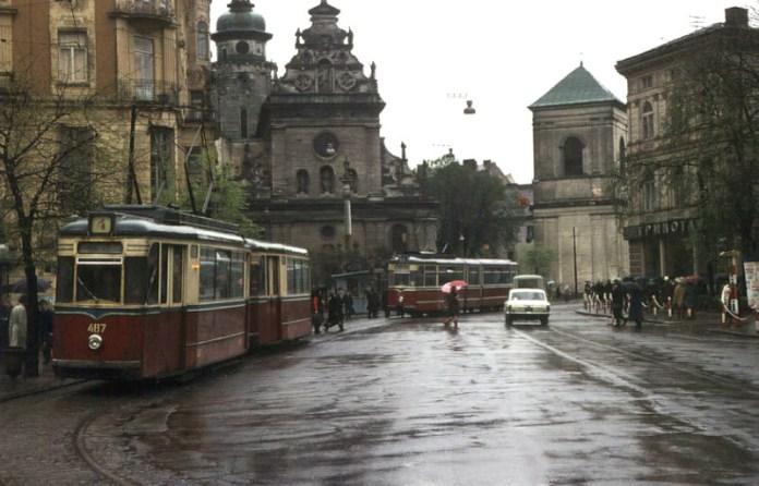Львів, трамваї на площі Галицькій, фото 1978 року