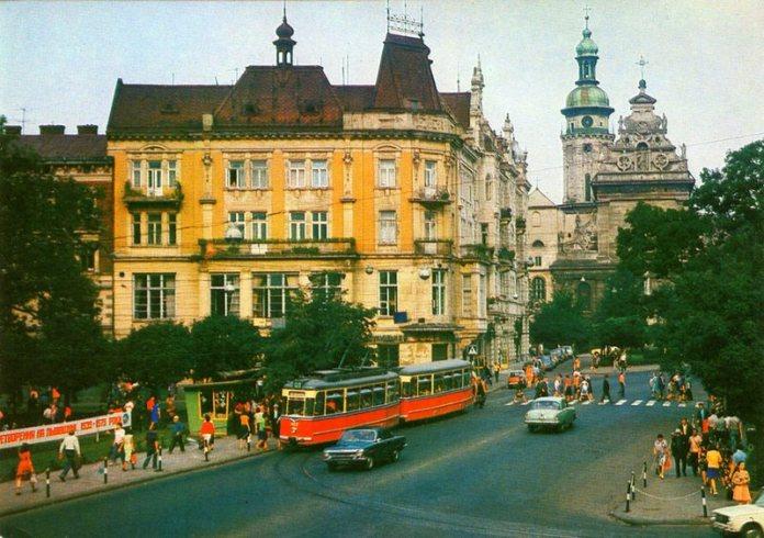 Львів, площа Галицька, фото 1980 року
