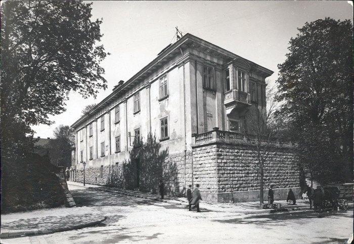 Бібліотека Баворовських у Львові, 1916, Фото Юзеф Яворскі (Józef Kościesza-Jaworski)