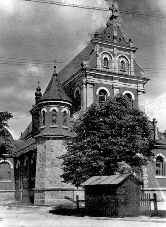 Костел святого Франциска Ассизького, 30-ті рр. ХХ ст.