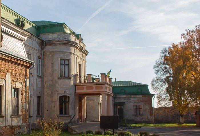 Червоноградська філія Львівського музею історії релігії (палац Потоцьких)