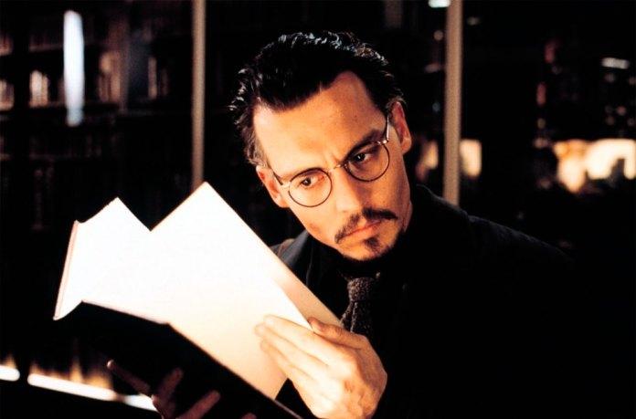 Кадр з фільму «Дев'ята брама» 1999 року