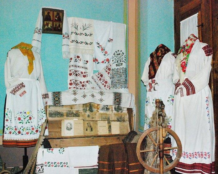 Фондова колекція Державного меморіального музею Михайла Грушевського у Львові