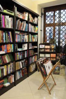 інтер'єр «Книгарні на Федорова»