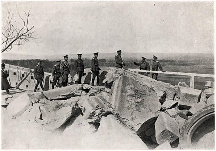 Імператор Микола ІІ в Перемишлі. 11 квітня 1915 року