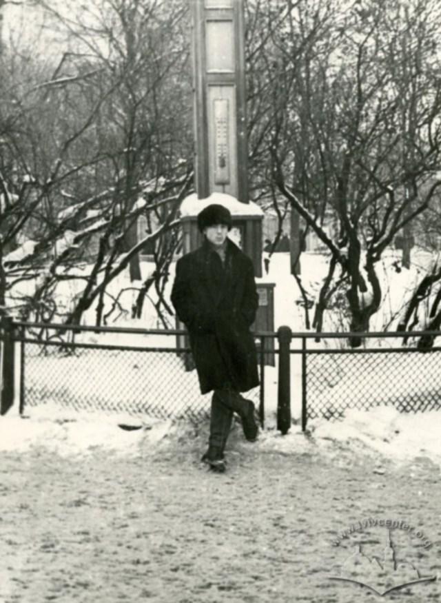 """""""Градусник"""" на проспекті Леніна (Свободи). Фото 1962 року"""