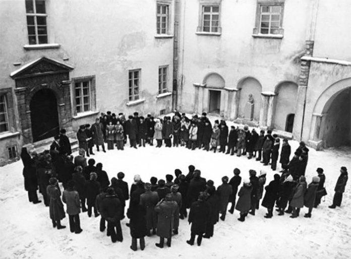 Відкриття експозиції Олеського замку 21 грудня 1975 року