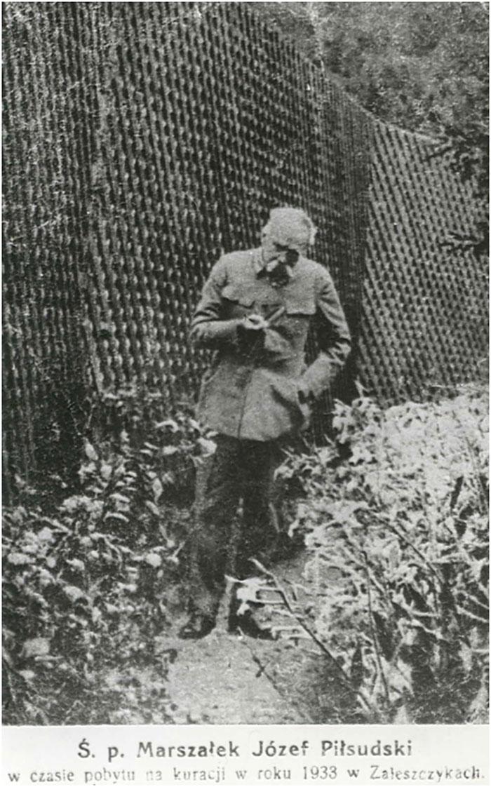 Юзеф Пілсудський у себе на дачі в Заліщиках, 1933 рік