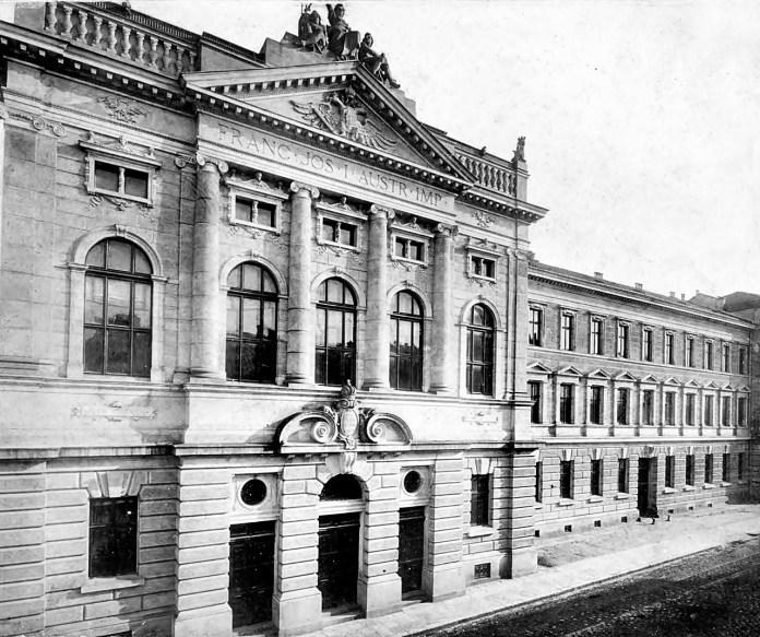 Палац Справедливості, 1890 рік