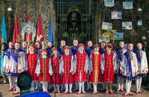 """Вокально-хореографічний ансамбль «Сонечко» на святкому концерті під назвою """"Різдвяний вечір по-волонтерськи!"""""""