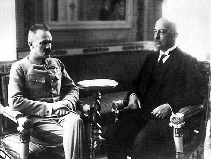 Маршал Юзеф Пілсудський і президент Ґабріель Нарутович (грудень 1922 р.).