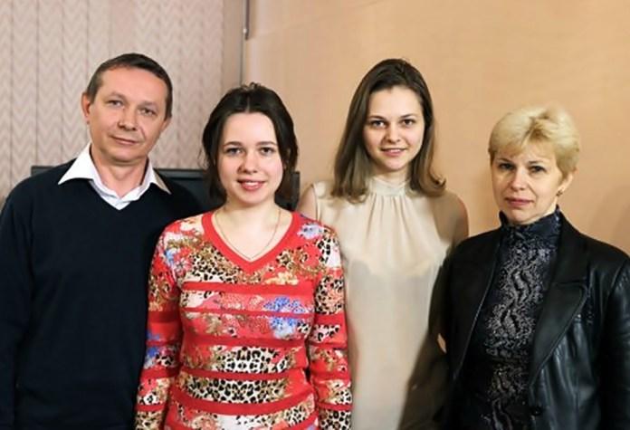 Олег, Марія, Анна та Наталя Музичук