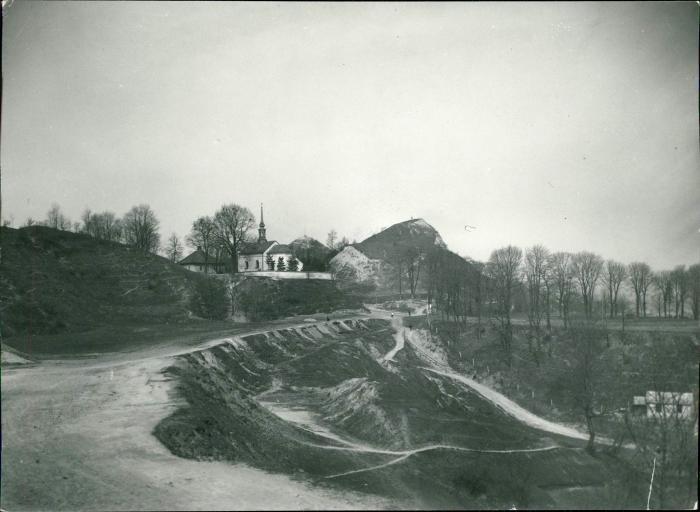 Вид на Лису гору і костел св. Войцеха на Кайзервальді, фото поч. XX ст.