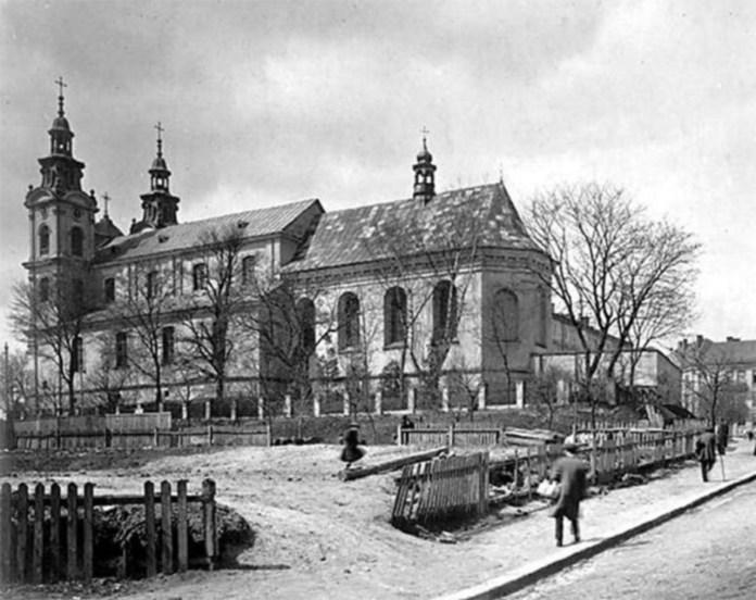 Костел Марії Магдалини після перебудови. Фото 1930-1939 рр.