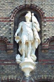 Статуя св. Флоріана – покровителя пожежників на фасаді пожежної частини Львова
