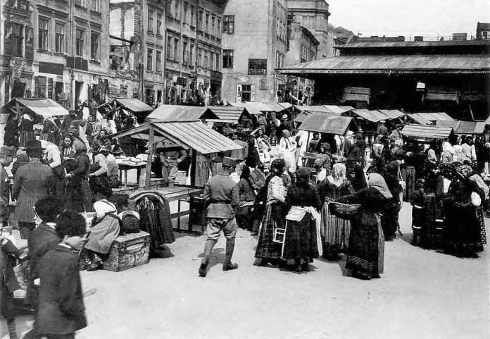 """На львівських """"Кракідалах"""", фото 1914-1918 рр."""