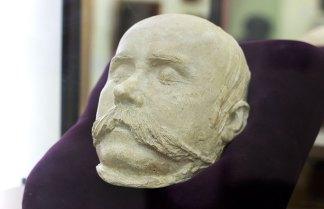 Петро Клодт, посмертна маска Тараса Шевченка