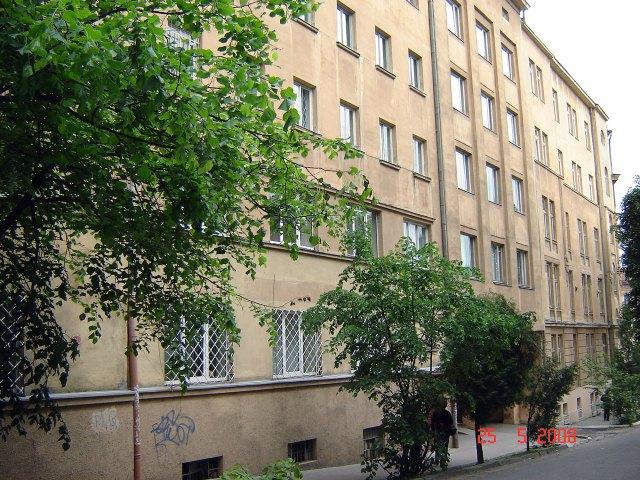 Сучасний вигляд будинків Студіону 2а і 2б по вул. П. Скарги (Озаркевича 2)