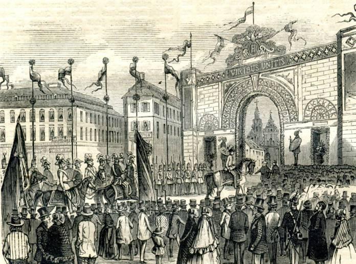 Вигляд площі Фердинанда (Міцкевича) під час візиту імператора Франца Йосифа 1851 року. Літографія невідомого авторства