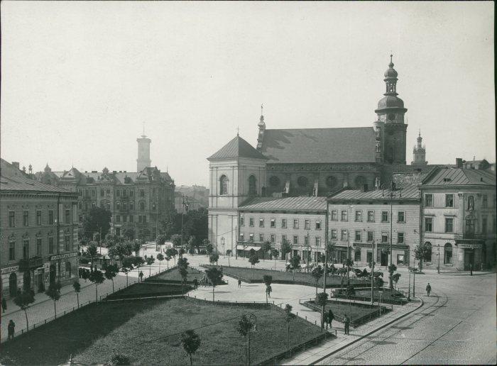 Вигляд площі Соборної в 1925 році