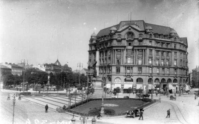 Будинок Шпрехера після завершення будівництва. Фото 1920-х рр.