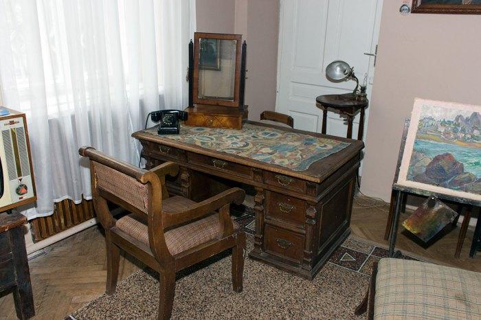Експозиція виставки «Музей – моє життя» до 90-ліття від Дня народження Б. Г. Возницького