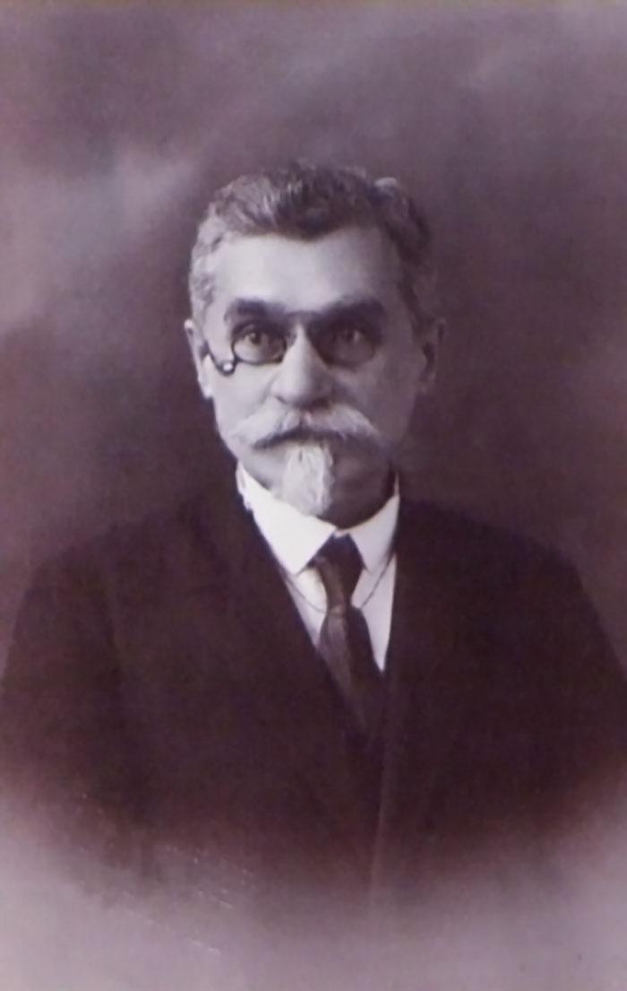 Професор Владислав Котвич