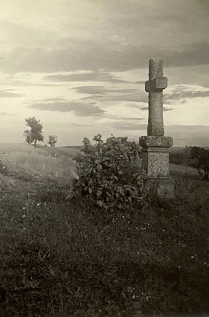 Придорожній хрест біля Галича, 1914 рік