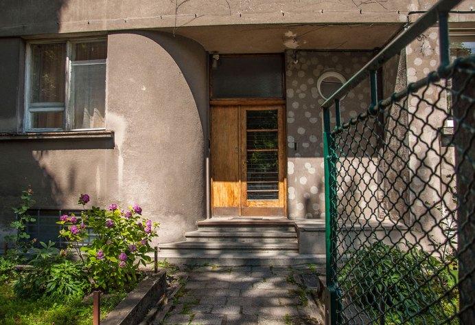 Будинок № 32 на вул. Котляревського, спроектований Збіґнєвом Вардзалою, фото М. Ляхович