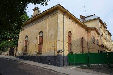 Колишній будинок товариства ремісників «Зірка» («Gwiazda») (вул. Короленка, 7)