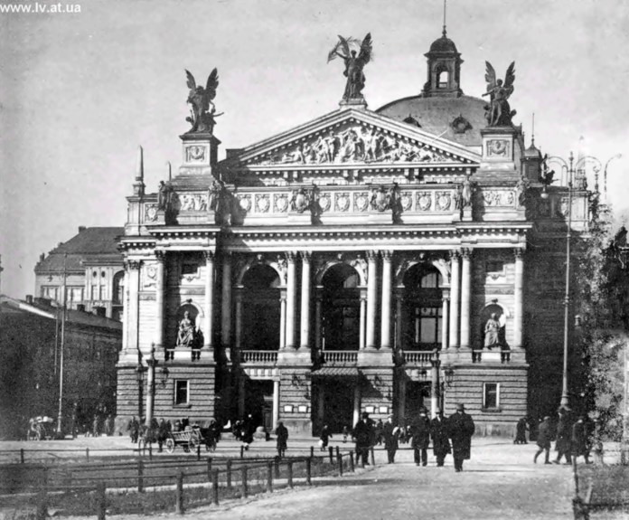 Великий міський театр, Львів, 1928 р. Фото А. Ленкевича (зі сайту http://lv.at.ua/photo/9-0-582)