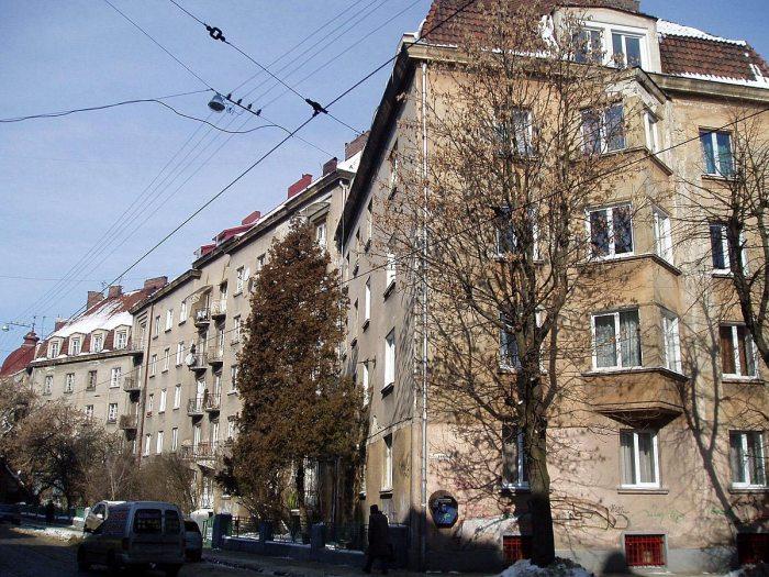 Будинки №24, №26, №28, №28-а по вулиці Київській у Львові