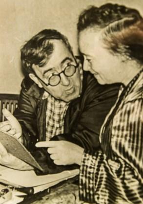 Фото Леопольда Левицького зі дружиною