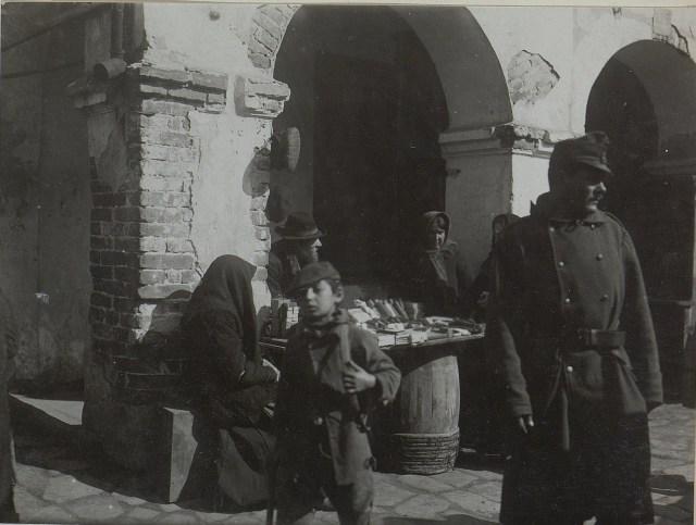 Ринок в Бродах. Галичина, початок XX століття