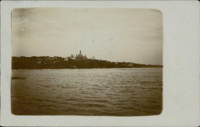 Сокаль, вид на Буг та церкву Святого Миколая. Фото 1912 року