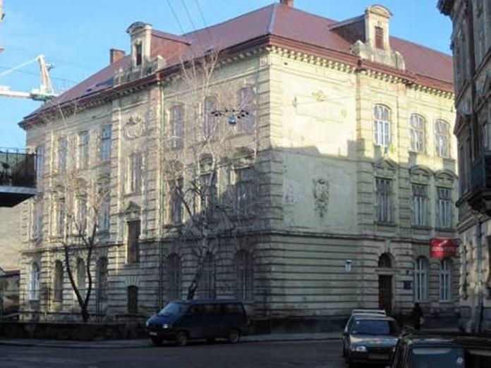 Львівський технологічний ліцей / http://lictechnol.at.ua/Pictures/183426330.jpg