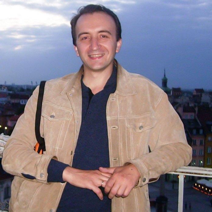 Олег Яськів