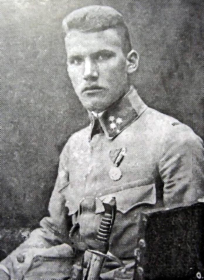 Микола Опока