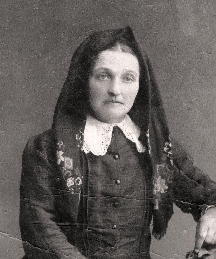 Жінка зі Щирця