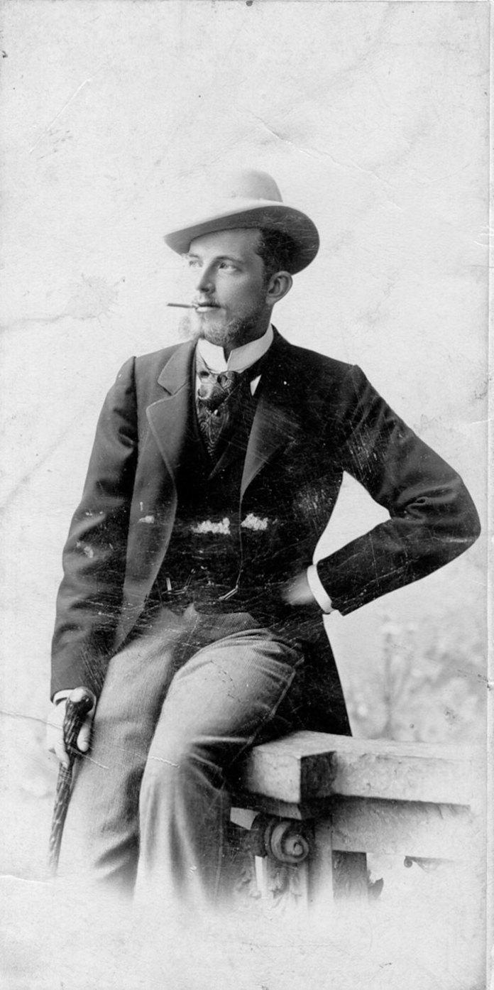 Казимир граф Шептицький. Фото зроблене на поч. ХХ ст. Є власністю Фонду роду Шептицьких.