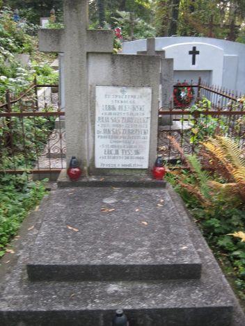 Могила Яна Зубжицького-Саса на Личаківському цвинтарі