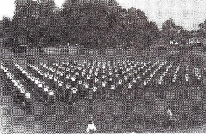 Вправи посестер на площі Сокола Батька, 1934р.