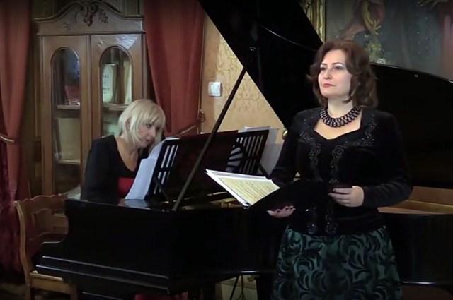 Аґнєшка Шульц-Бжиска та Александра Бубіч